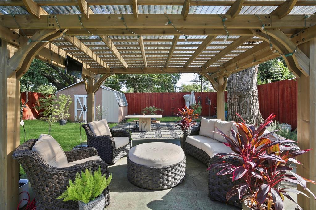 Dallas Real Estate | 2318 Glengariff Drive Dallas, Texas 75228 33