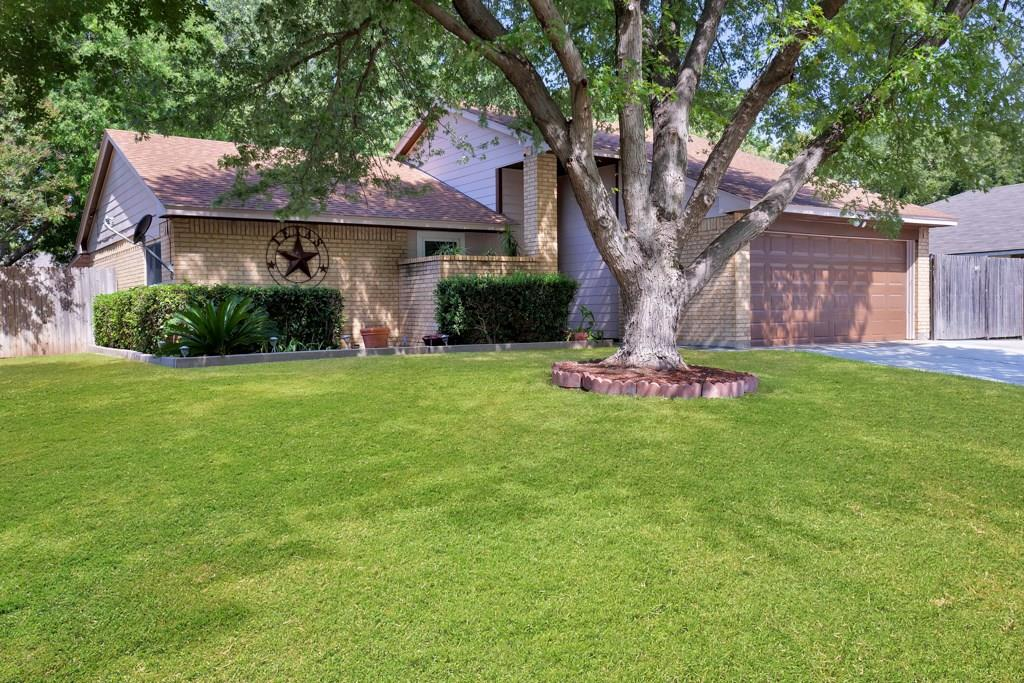 Pending | 416 Little Fox  Lane Fort Worth, TX 76108 0