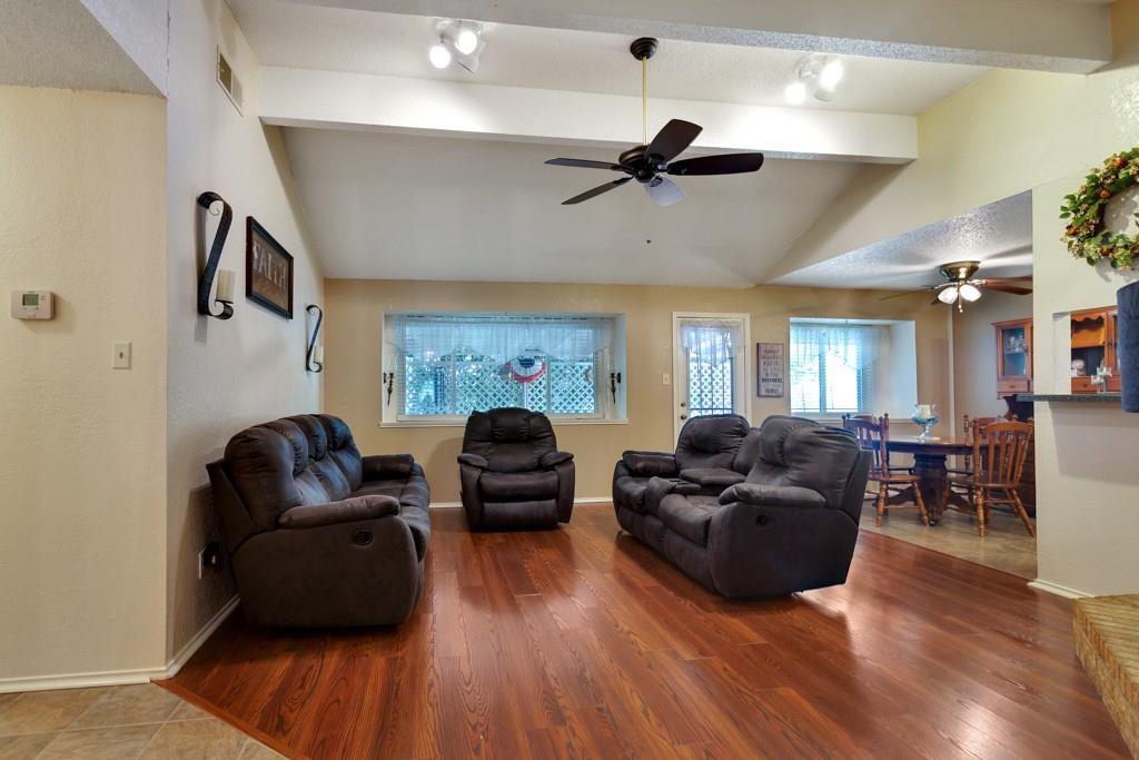 Pending | 416 Little Fox  Lane Fort Worth, TX 76108 4