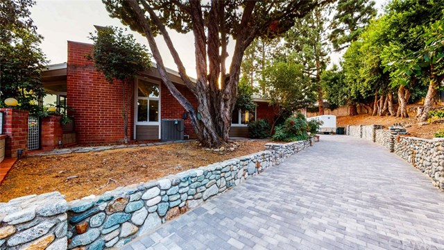 Closed | 2525 Mountain  Drive Upland, CA 91784 1