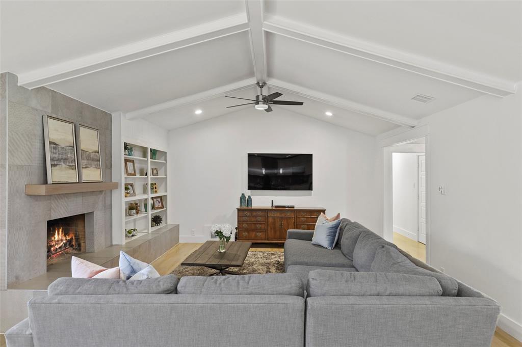 Sold Property | 6929 Briar Cove Drive Dallas, Texas 75254 11