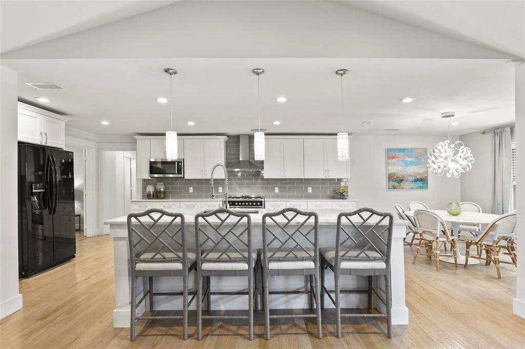 Sold Property | 6929 Briar Cove Drive Dallas, Texas 75254 12
