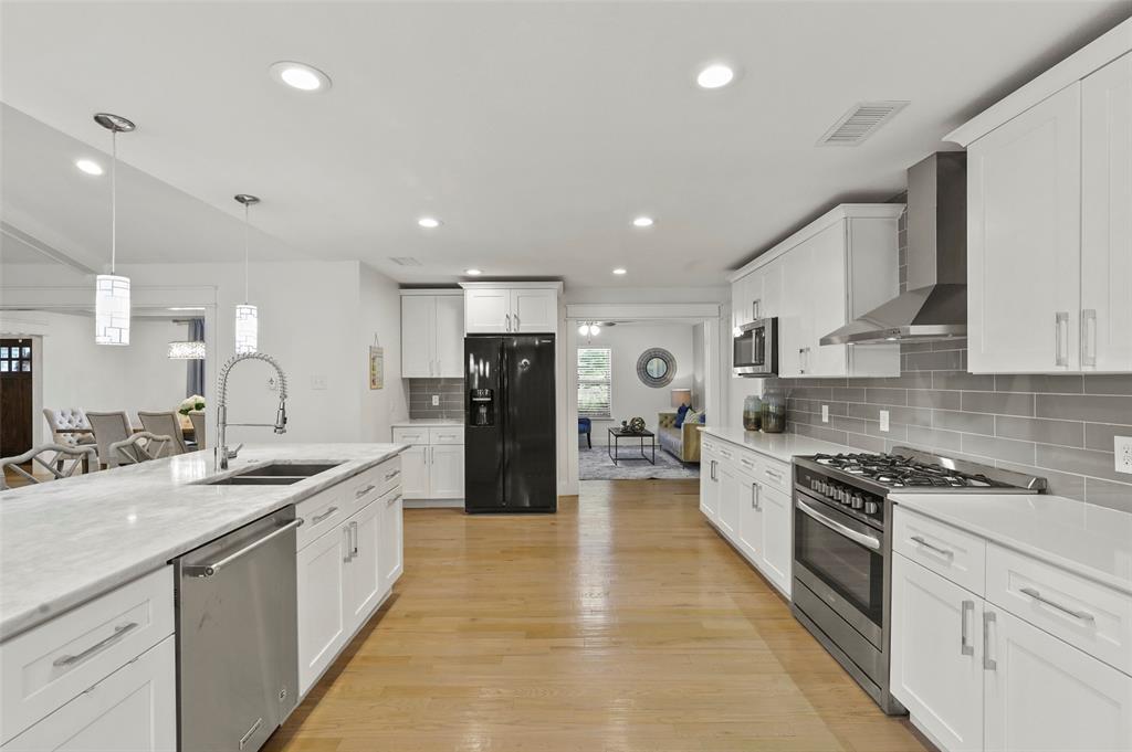 Sold Property | 6929 Briar Cove Drive Dallas, Texas 75254 14