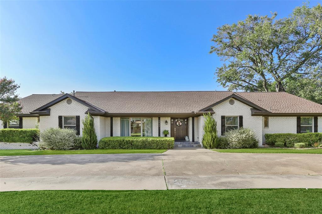 Sold Property | 6929 Briar Cove Drive Dallas, Texas 75254 3