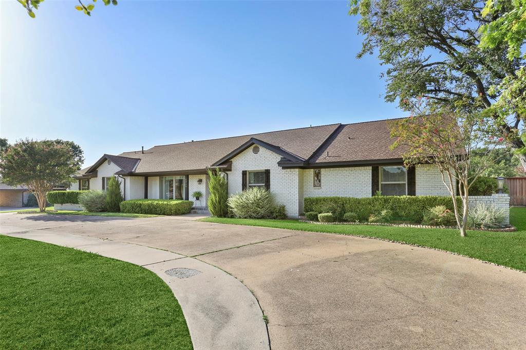 Sold Property | 6929 Briar Cove Drive Dallas, Texas 75254 4