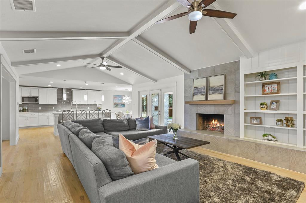 Sold Property | 6929 Briar Cove Drive Dallas, Texas 75254 10