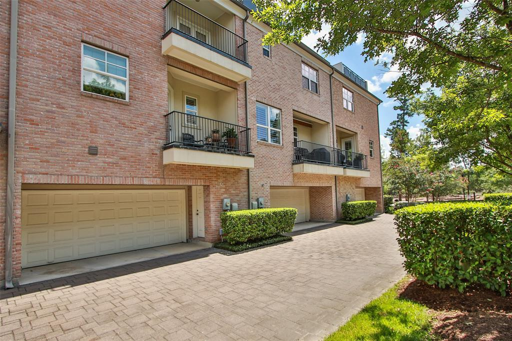 Active | 11 Colonial Row  Drive The Woodlands, TX 77380 23
