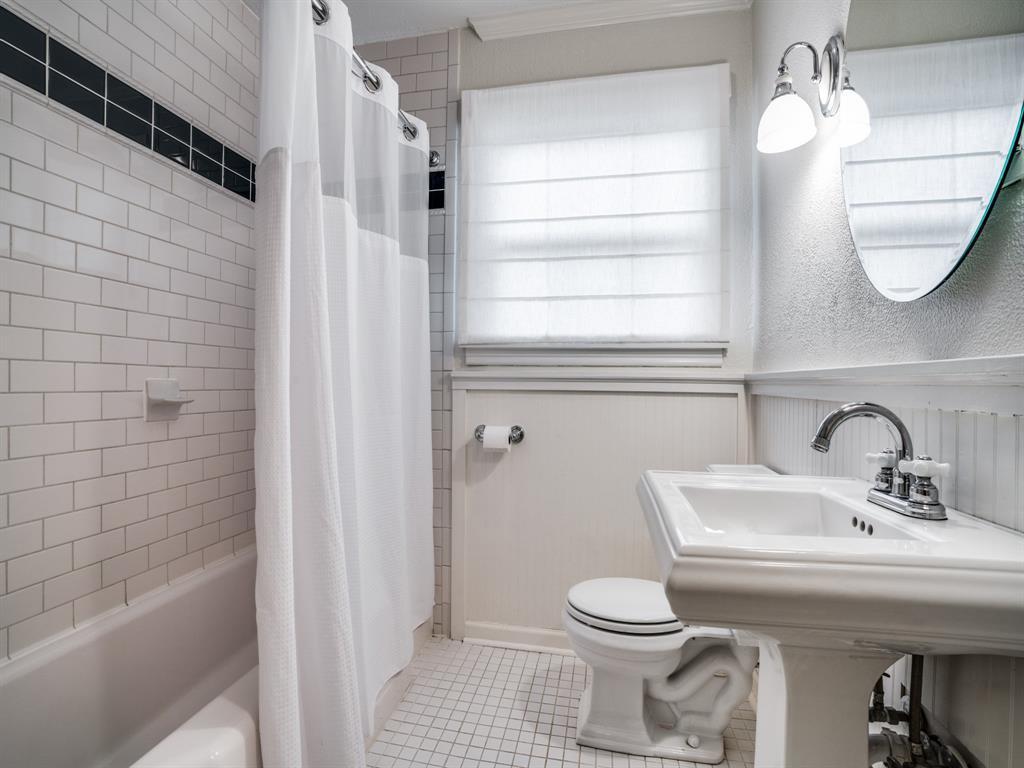 Sold Property | 7032 Westlake  Avenue Dallas, TX 75214 15