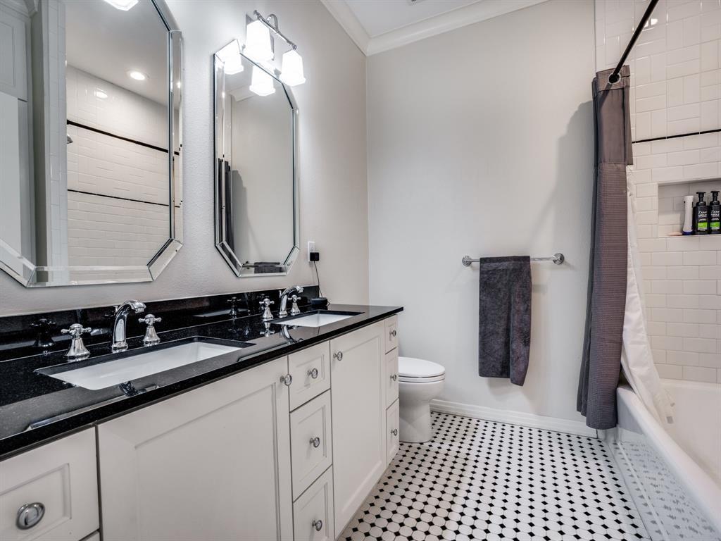 Sold Property | 7032 Westlake  Avenue Dallas, TX 75214 32