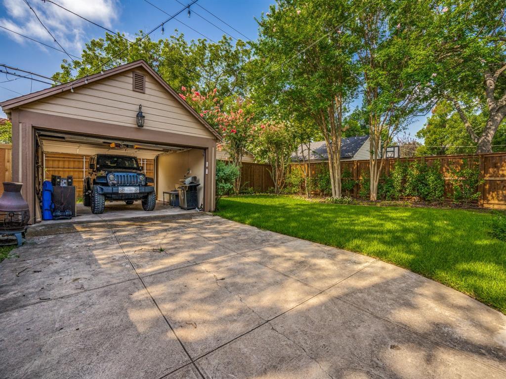 Sold Property | 7032 Westlake  Avenue Dallas, TX 75214 36