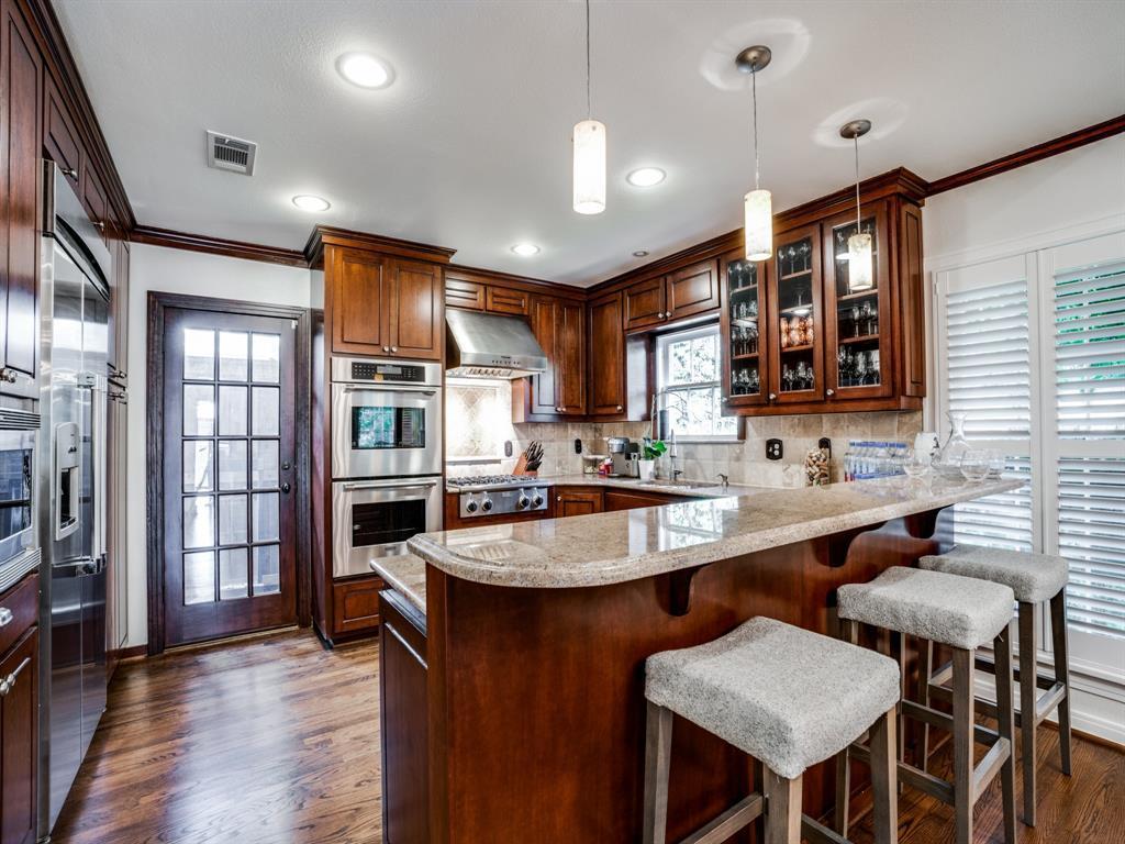 Sold Property | 7032 Westlake  Avenue Dallas, TX 75214 8