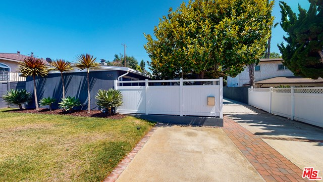 Closed | 7242 W 88Th  Place Los Angeles, CA 90045 2
