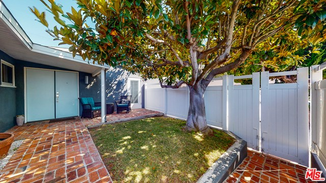 Closed | 7242 W 88Th  Place Los Angeles, CA 90045 5
