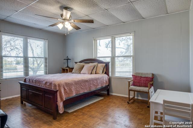 Price Change   377 VINE RD San Antonio, TX 78264 17
