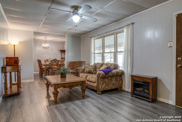 Price Change   377 VINE RD San Antonio, TX 78264 8