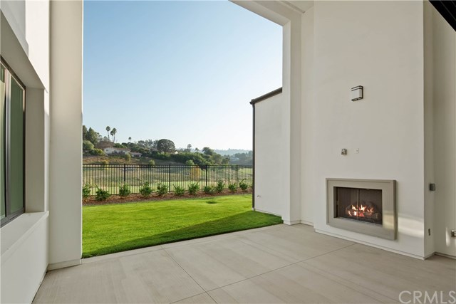 Active | 30 Philips Ranch  Road Rolling Hills Estates, CA 90274 9