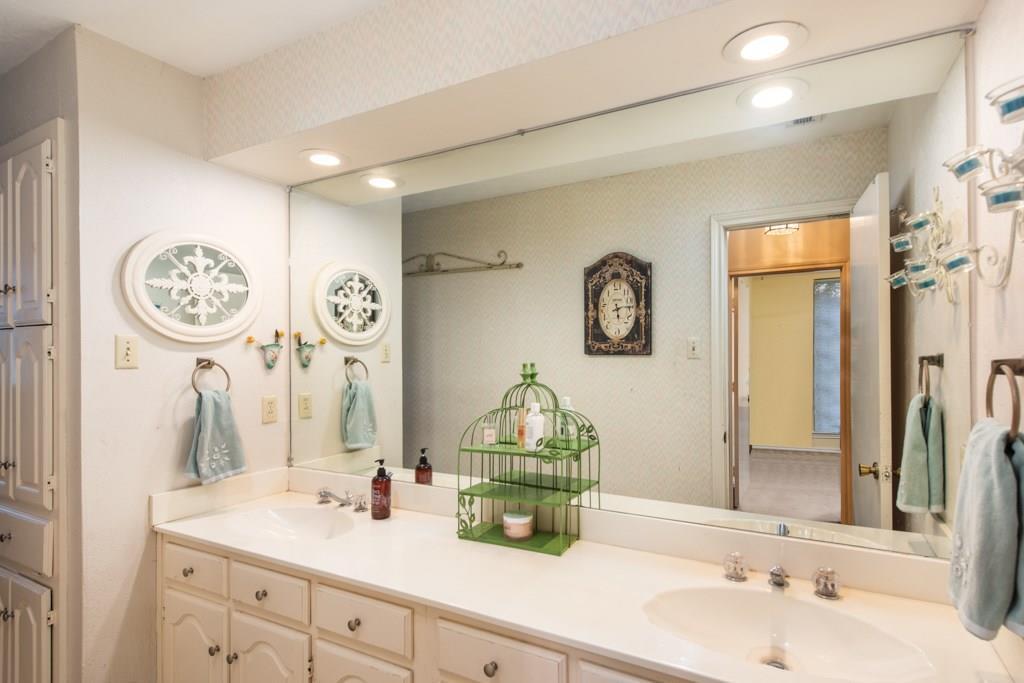 Sold Property | 2549 Huntwick Street Grand Prairie, Texas 75050 18