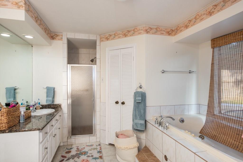 Sold Property | 2549 Huntwick Street Grand Prairie, Texas 75050 21