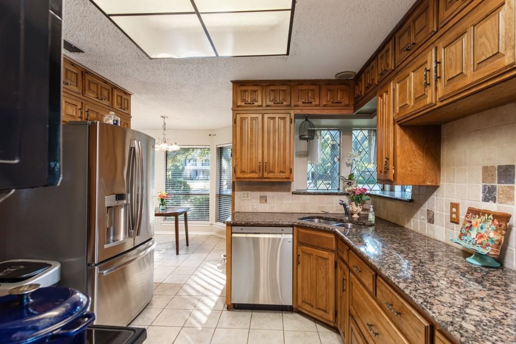Sold Property | 2549 Huntwick Street Grand Prairie, Texas 75050 5