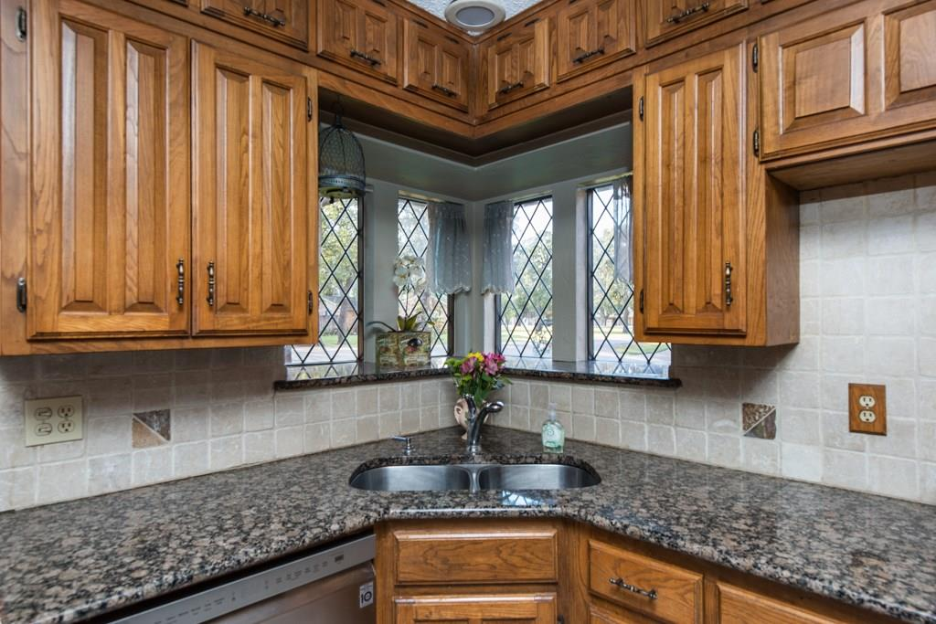 Sold Property | 2549 Huntwick Street Grand Prairie, Texas 75050 6