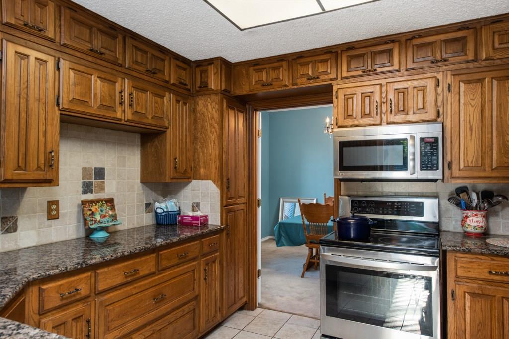 Sold Property | 2549 Huntwick Street Grand Prairie, Texas 75050 7