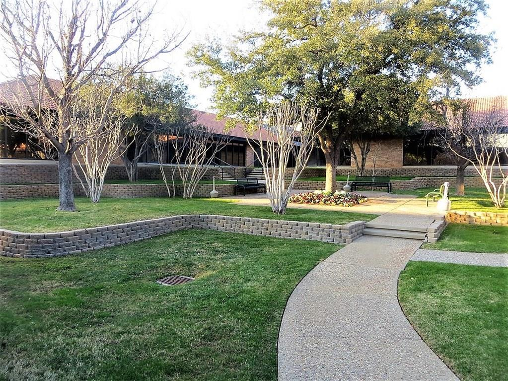 Property for Rent | 1331 Airport  Euless, TX 76040 1