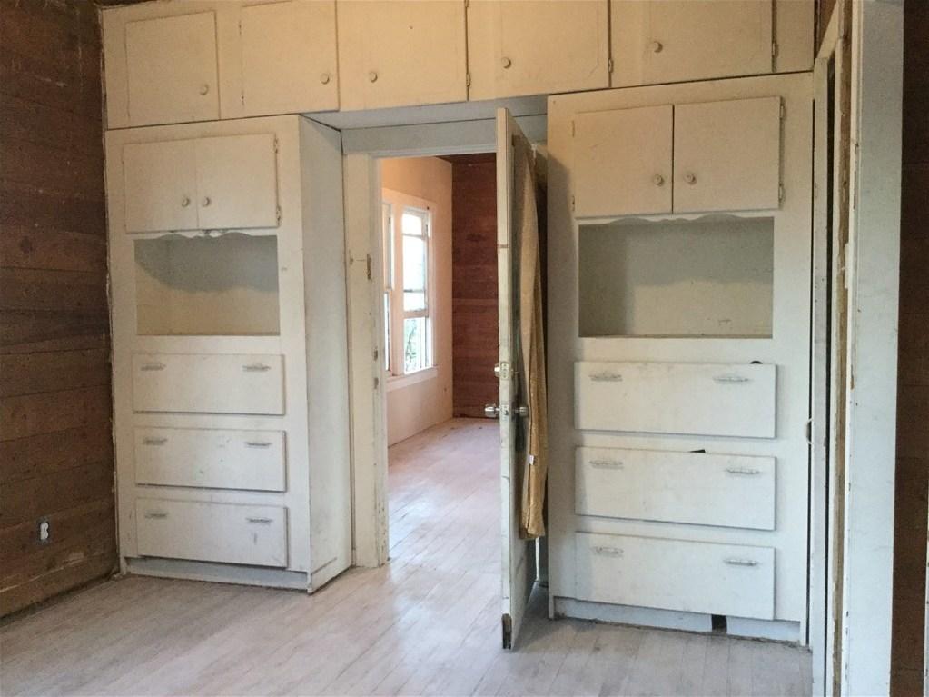 Sold Property | 6409 Santos Street Austin, TX 78741 5
