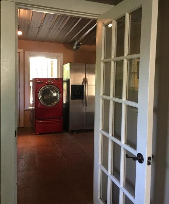 Sold Property | 6409 Santos Street Austin, TX 78741 7