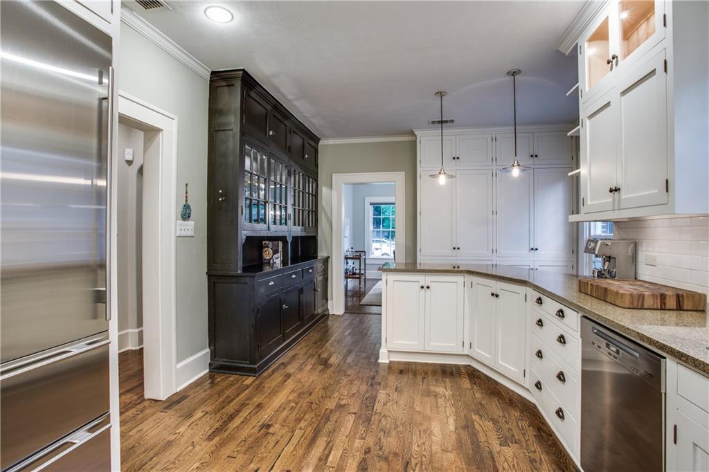 Sold Property   4428 N Hall Street Dallas, Texas 75219 12