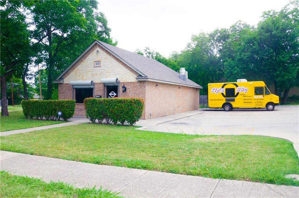 Sold Property | 1509 Evans Avenue Fort Worth, Texas 76104 3