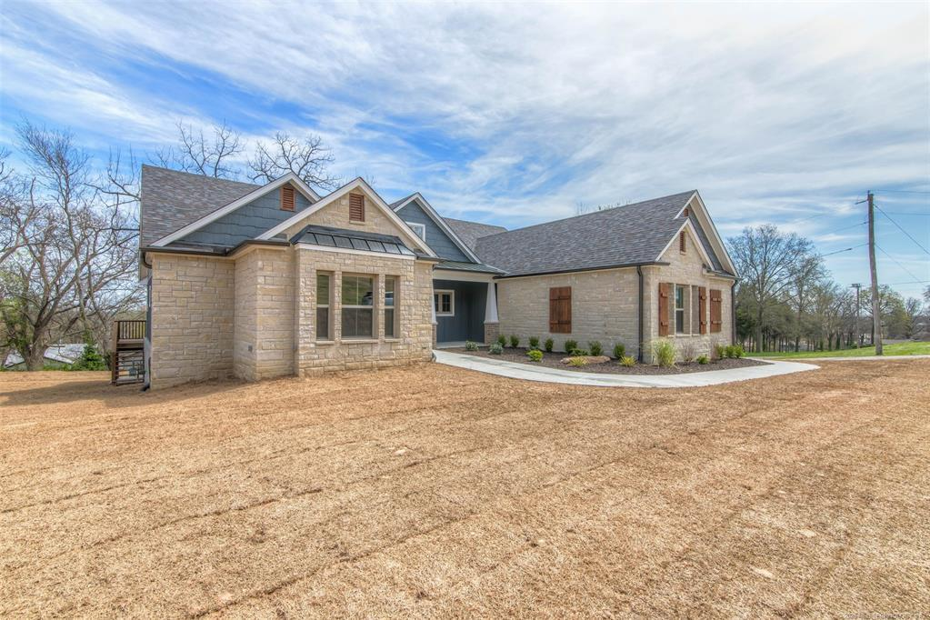 Active | 1715 W Blue Starr Drive Claremore, OK 74017 1
