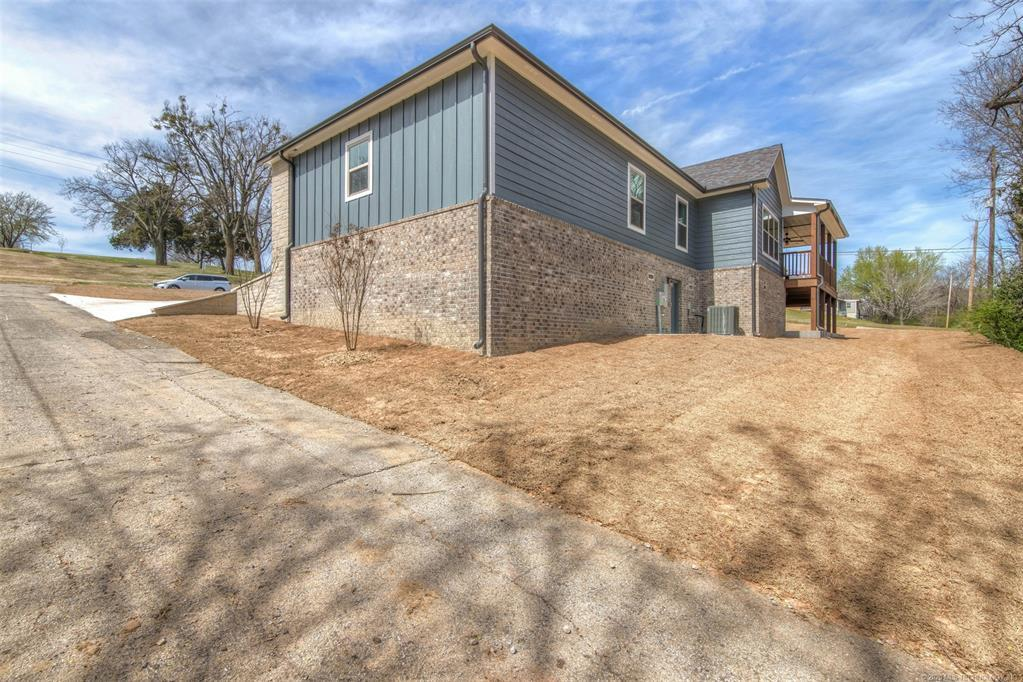 Active | 1715 W Blue Starr Drive Claremore, OK 74017 6