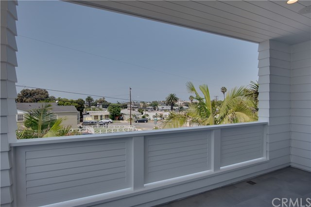 Active Under Contract | 408 S Francisca  Avenue Redondo Beach, CA 90277 22