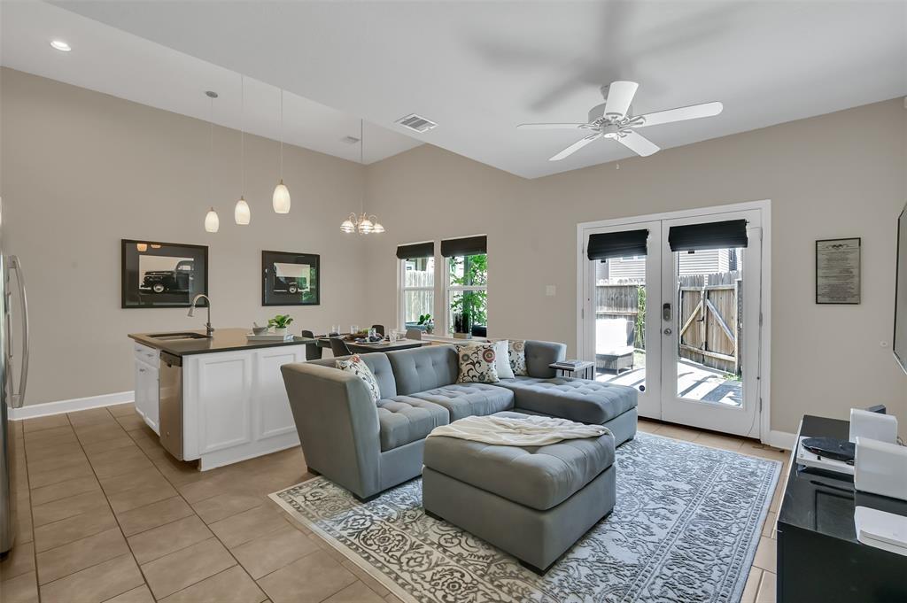 Option Pending | 5320 Avenue J Houston, TX 77011 5