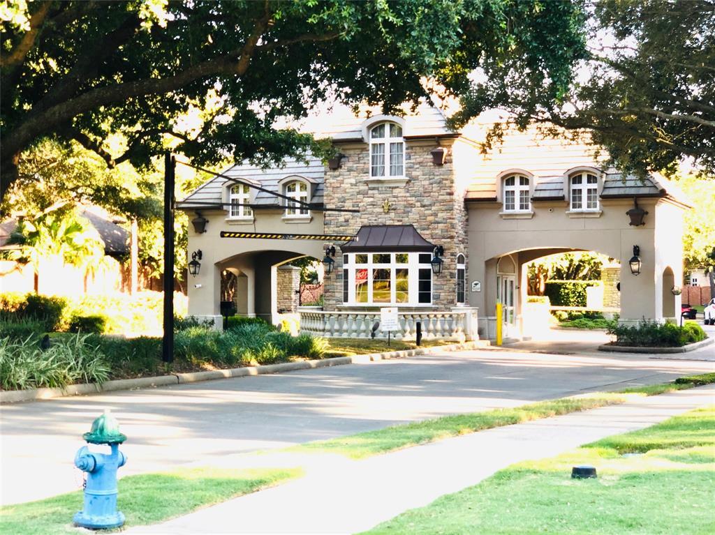 Active | 3106 Rosemary Park Lane Houston, Texas 77082 3