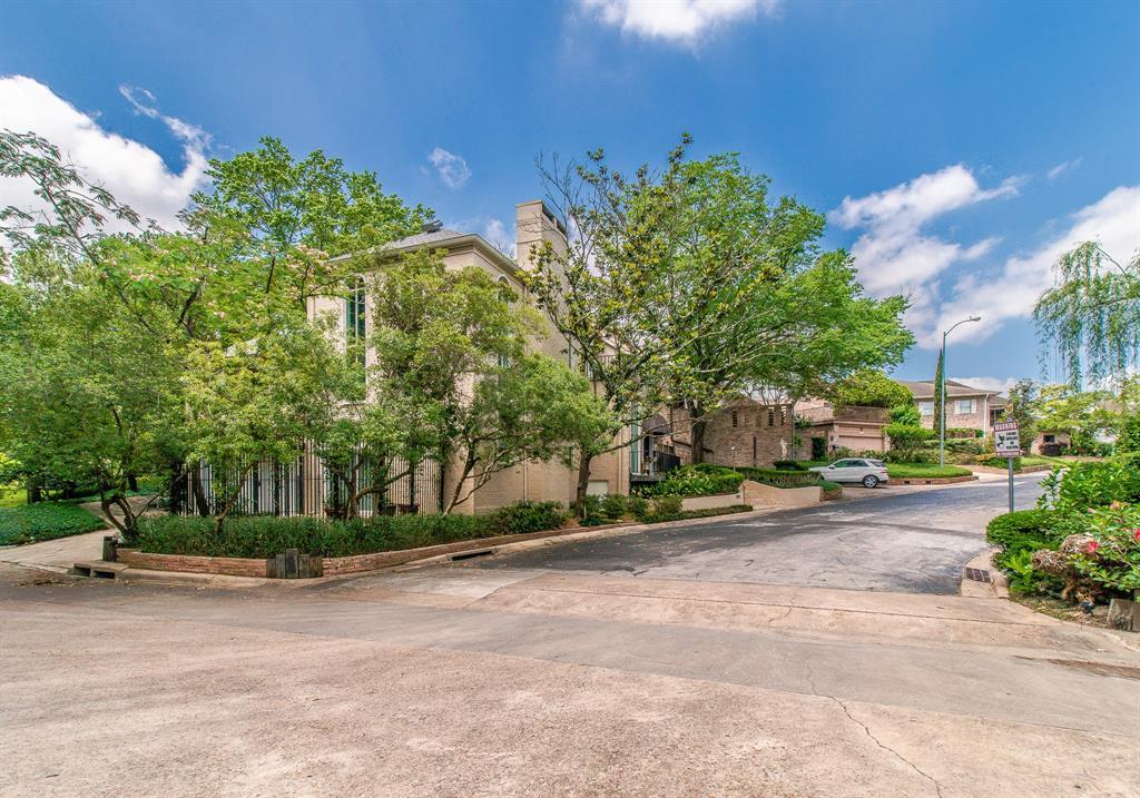 Active | 135 Sage  Road Houston, TX 77056 39