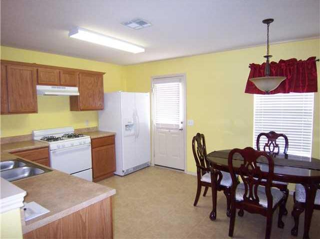 Leased   8501 Chick Pea  Austin, TX 78748 4