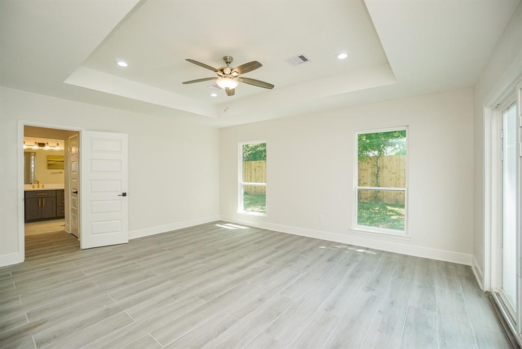 Pending | 3862 Arbor  Street Houston, TX 77004 20