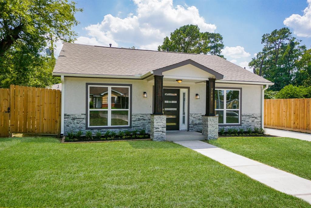Pending | 3862 Arbor  Street Houston, TX 77004 38