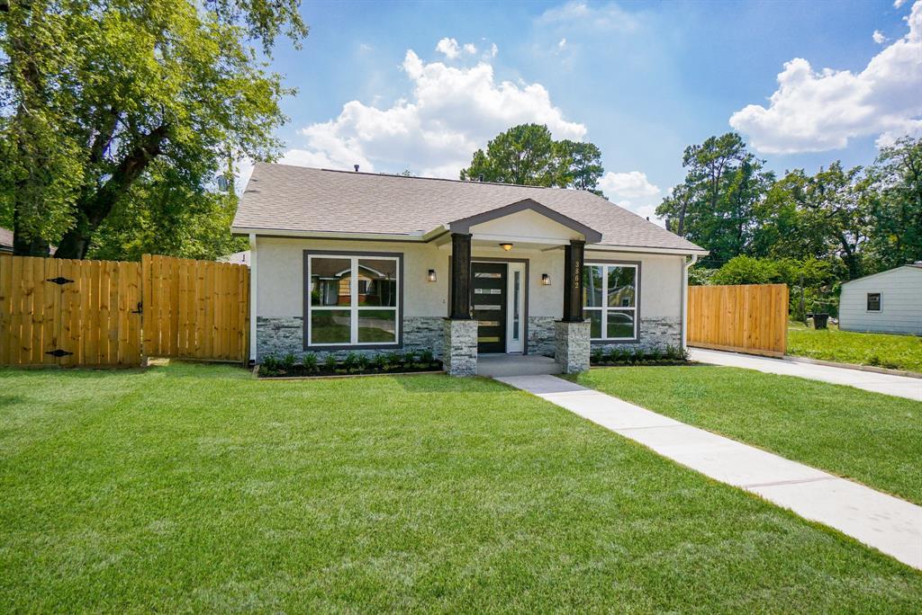 Pending | 3862 Arbor  Street Houston, TX 77004 41