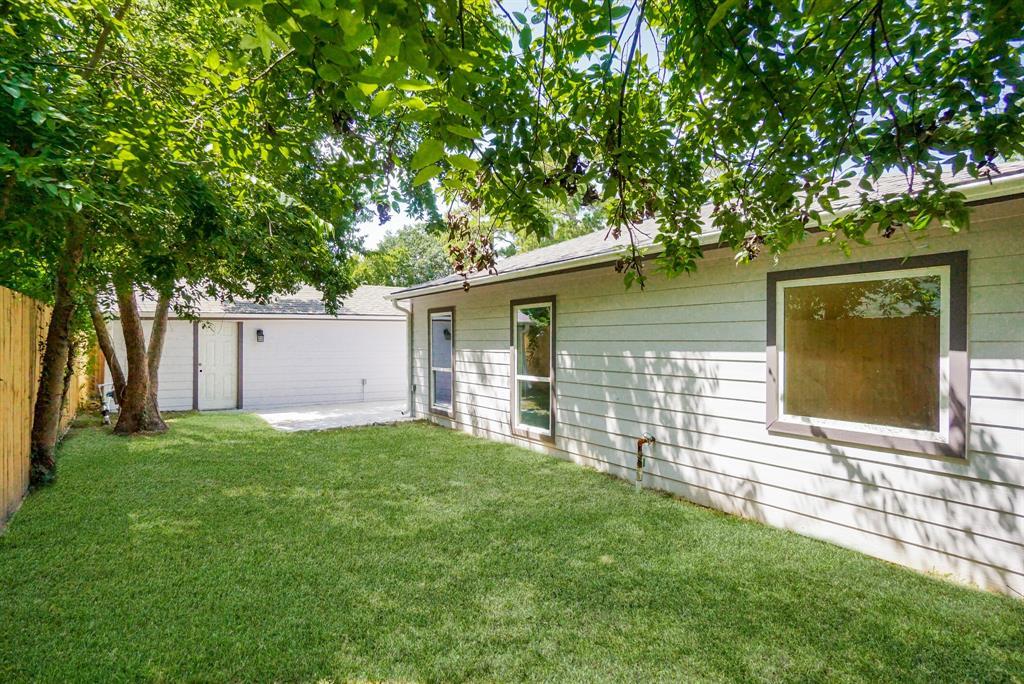 Pending | 3862 Arbor  Street Houston, TX 77004 44