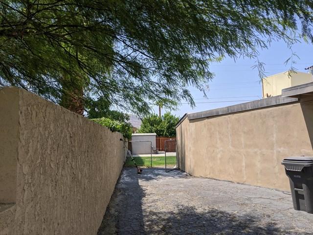 Closed   74041 Velardo  Drive Palm Desert, CA 92260 50
