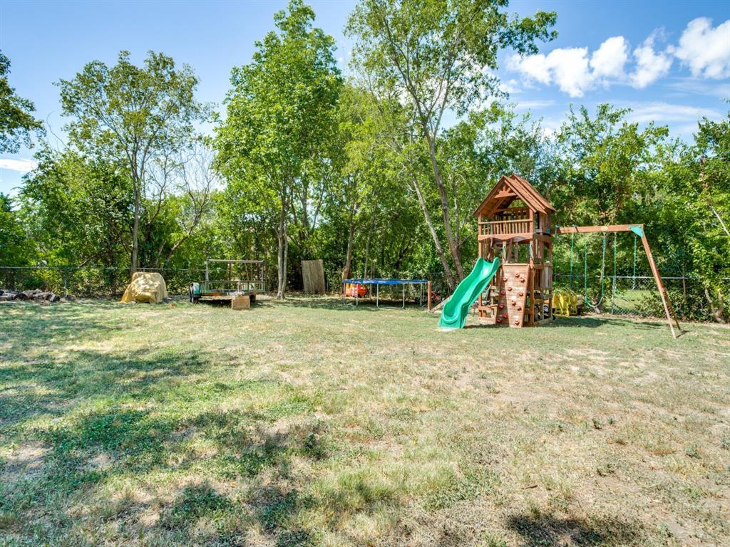 Sold Property   1210 Plateau  Drive Duncanville, TX 75116 24