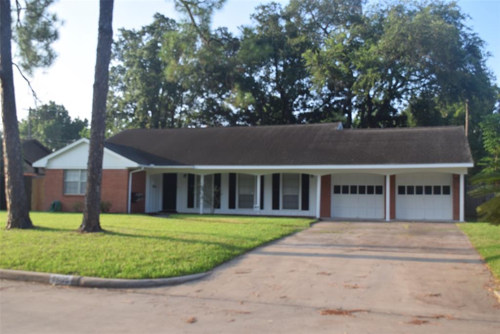 Active | 5605 Flack Drive Houston, Texas 77081 1