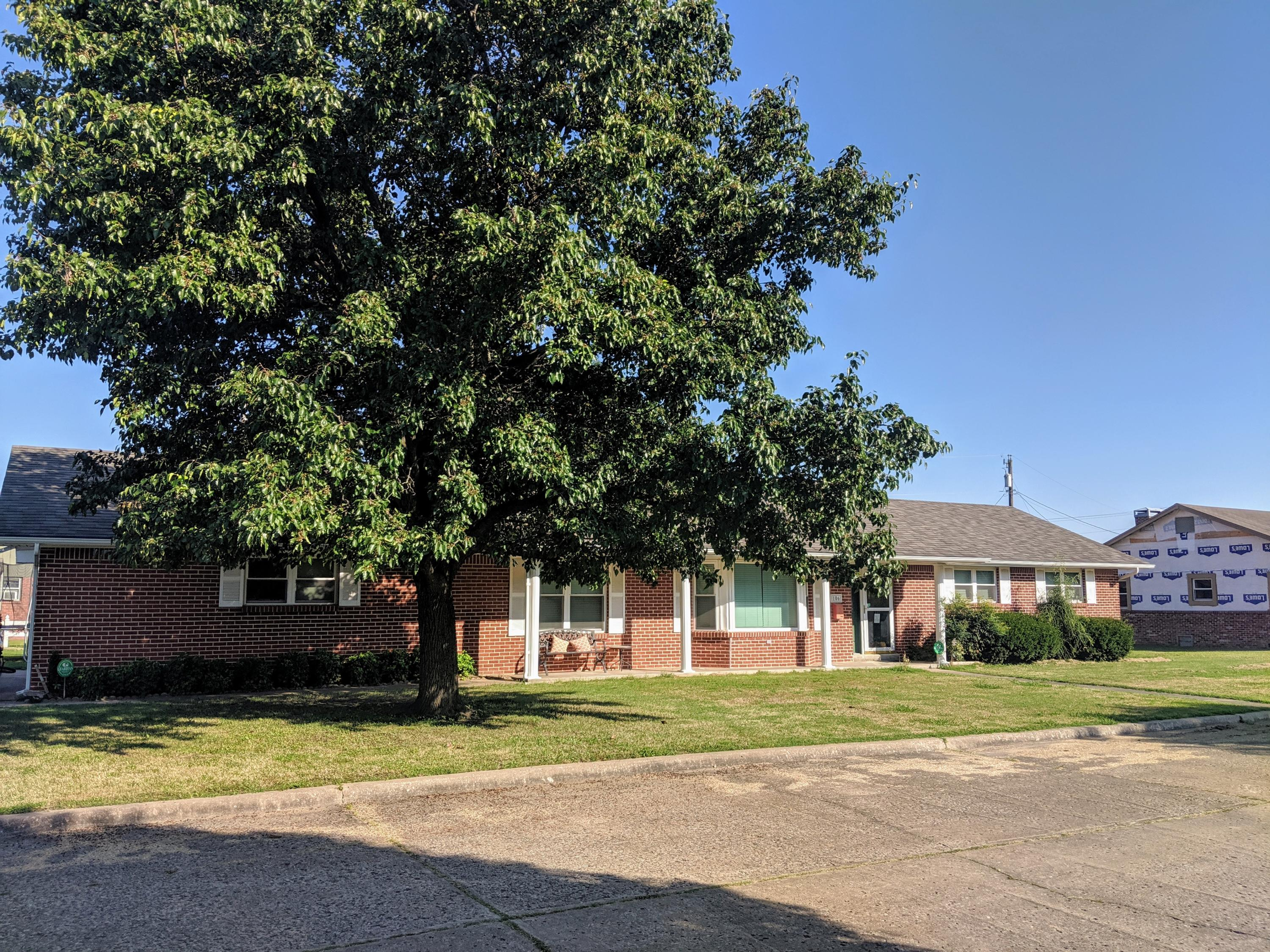 Closed | 106 Lewis Ave Vinita, OK 74301 2