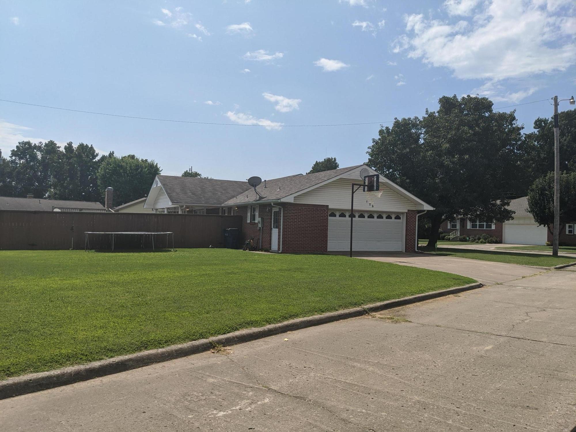 Closed | 106 Lewis Ave Vinita, OK 74301 18