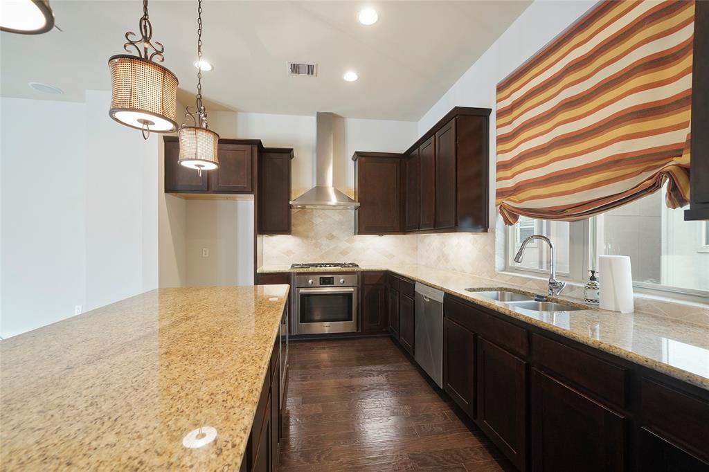 Option Pending | 4418 Schuler Street Houston, Texas 77007 11