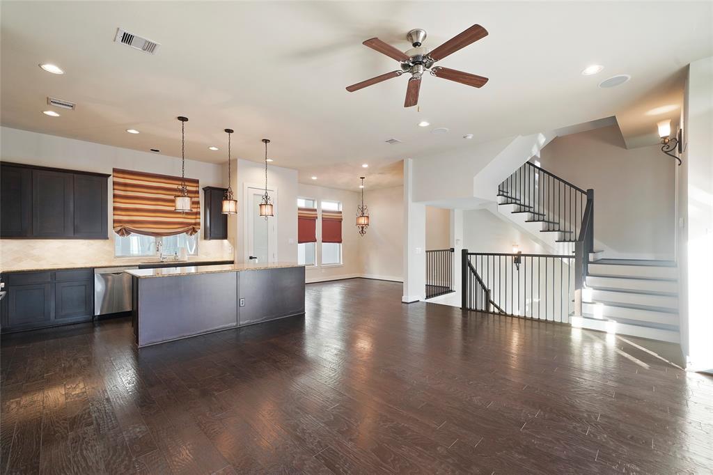 Option Pending | 4418 Schuler Street Houston, Texas 77007 14