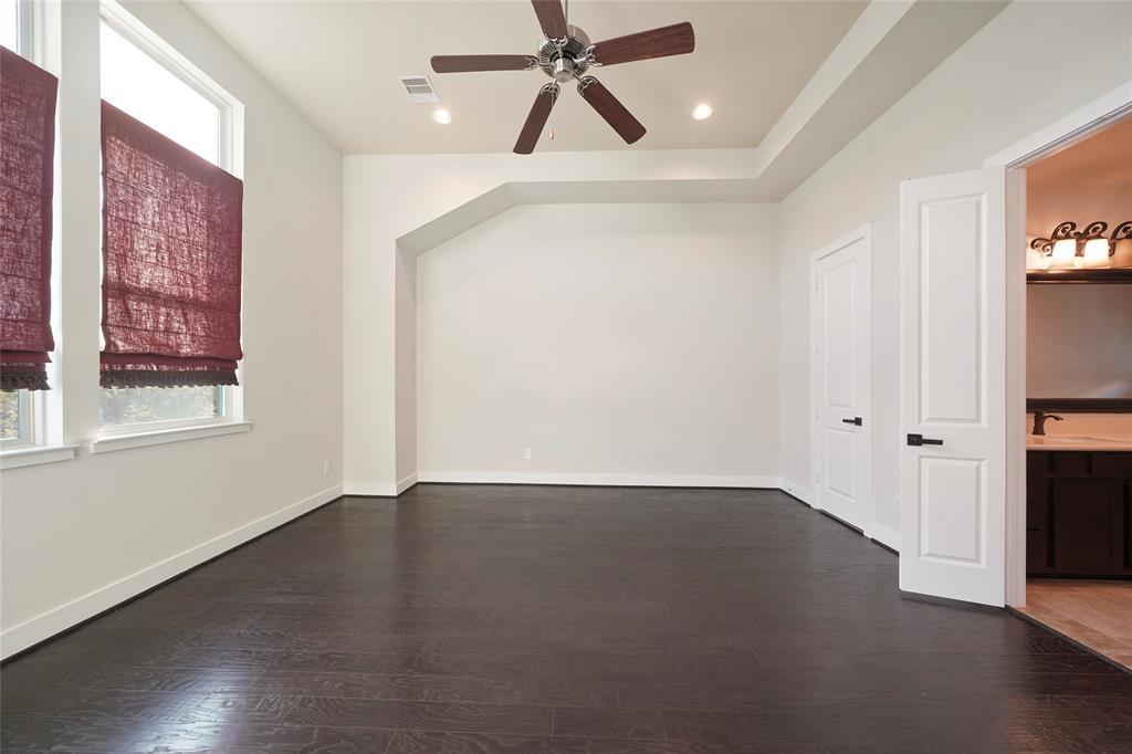 Option Pending | 4418 Schuler Street Houston, Texas 77007 16