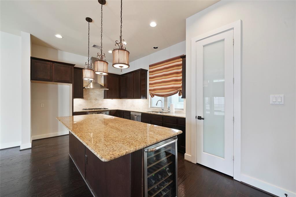 Option Pending | 4418 Schuler Street Houston, Texas 77007 7
